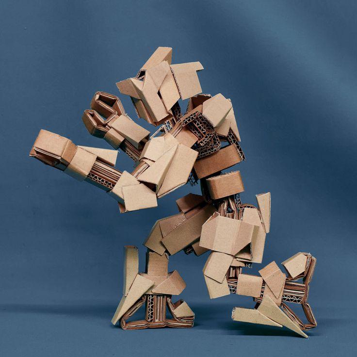 Papercraft: cardboard robots