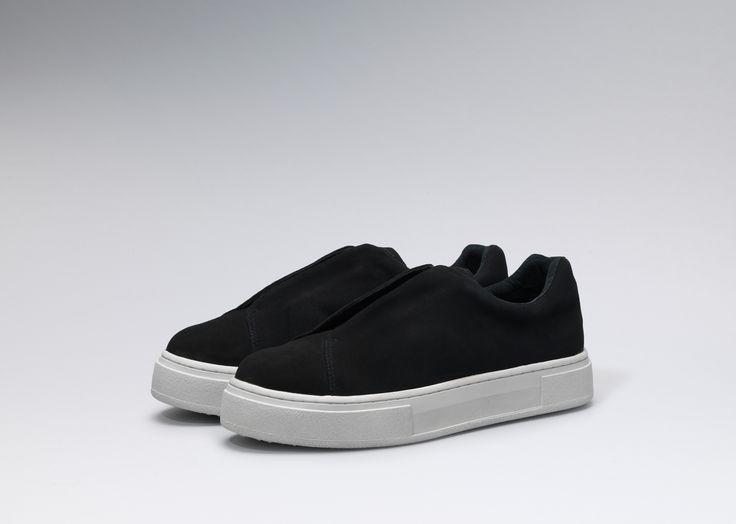 #Eytys Doja Slip-on in Black