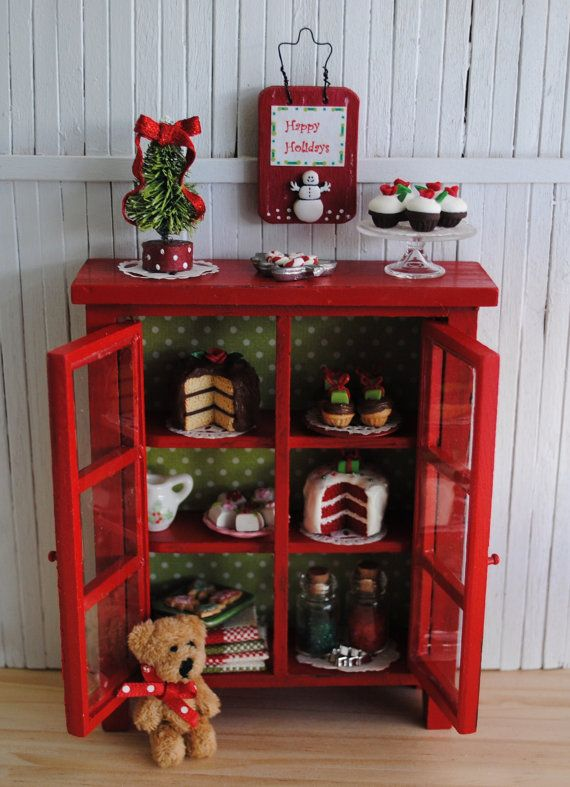 Red Christmas Cabinet (1:12 scale)