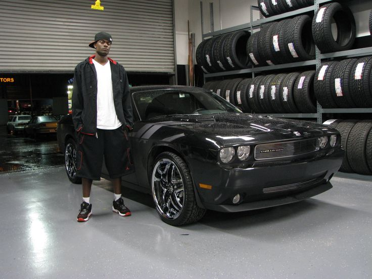 Black Dodge Challenger On 22 Rims Find the Classic Rims of Your Dreams - www.allcarwheels.com