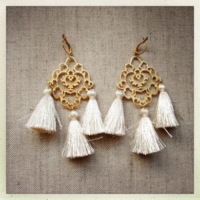 Rita Cream Tassel Earrings
