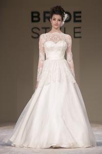 Desfiles do segundo dia do Bride Style! Solaine Poccoli