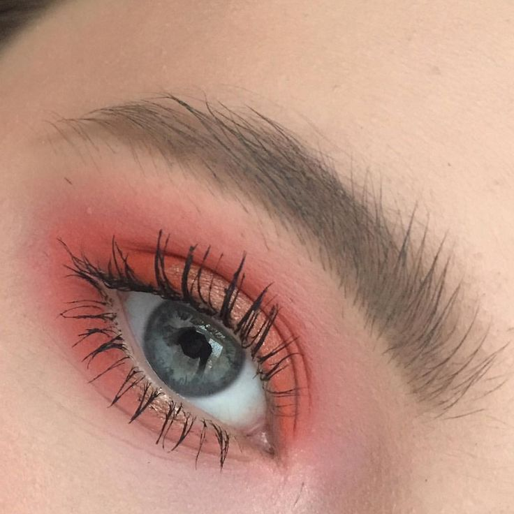 SWEET PEACH advanced- I recommend the Sweet Peach palate by Too Faced for this one,start with the least neon colors in the crease, pay very close attention to which types of peach go where, gold under the eye, lengthening mascara, HARNESS YOUR BEST BLENDING SKILLS FOR THIS AND TRY TO MAKE AS LITTLE MISTAKES AS POSSIBLE AS THAT WILL SMOOSH THE COLORS