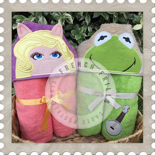 Diva Pig & Silly Frog hooded towel designs. #Embroidery #Applique