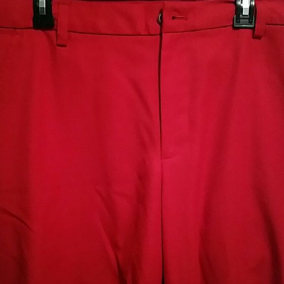Like New!!! Izod Golf Pants!! These are like new, Izod Golf Pants! Great fit and look awesome! Trying to downgrade due to move! IZOD Pants Trousers