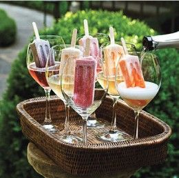 Alcoholic Popsicle Recipes: How to Make Popsicle Margaritas, Cocktails, and More  @Megan Ward Ward Ward Hall 4th. Of. July.
