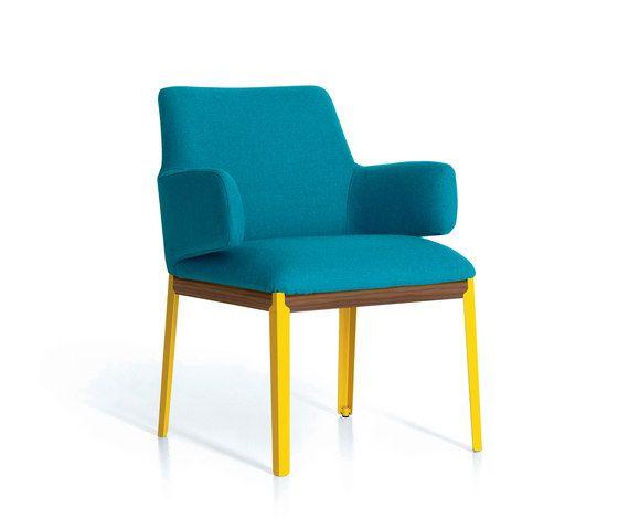 Hug by ARFLEX | armchair | coffee table | table | Product