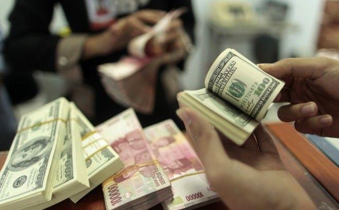 Dólar comercial segue em alta e cotado aos R$3, 222 - http://po.st/E3E48T  #Economia - #Dólar, #Euro, #Moeda, #Valorização