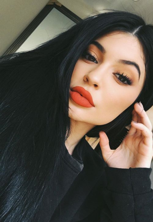 Kylie Jenner May Have Named Her New Lip Kit After Your Favorite Taylor Swift�