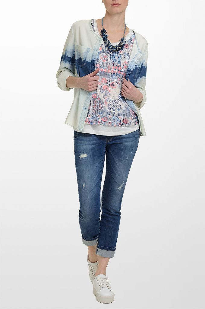 Sarah Lawrence - double layered sleeveless printed top, long sleeve tencel shirt, skinny denim pant, beaded necklace.