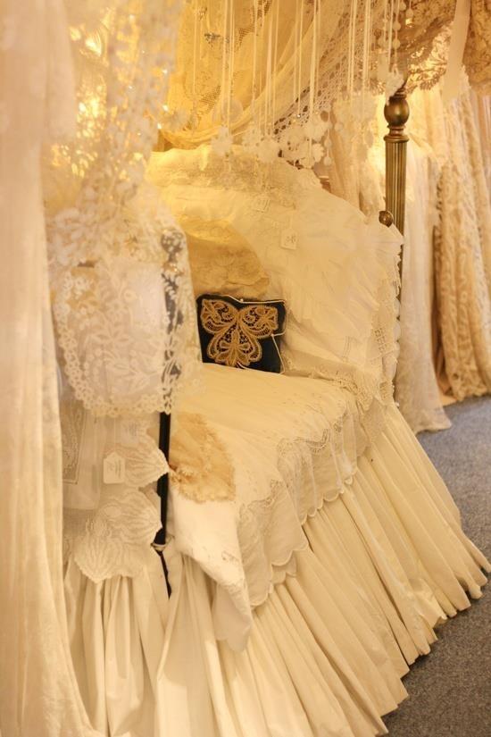 SHAE - Lace Dress | Stevie Nicks