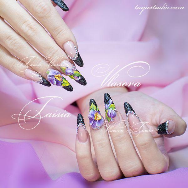 Маникюр: кружева на ногтях - фото оригинальной идеи нежного дизайна ногтей с бархатными кружевами и розовыми бантами. Форма ногтевой пластины квадрат. Автор работы мастер ногтевого сервиса Таисия Власова.