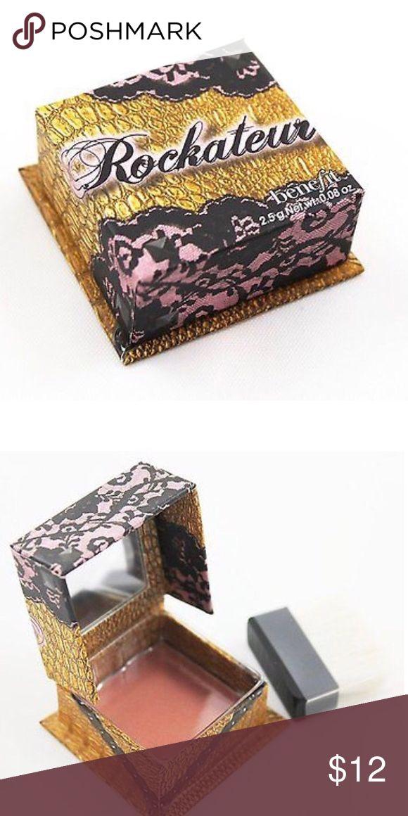 Benefit Rockateur Blush Mini New and unused. Color is Rose Gold Benefit Makeup Blush