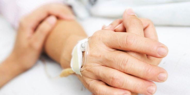 Davide Trentini è l'ennesimo italiano costretto a recarsi in Svizzera per il suicidio assistito. Prima di lui Dj Fabo. 53 anni, malato di sclerosi...