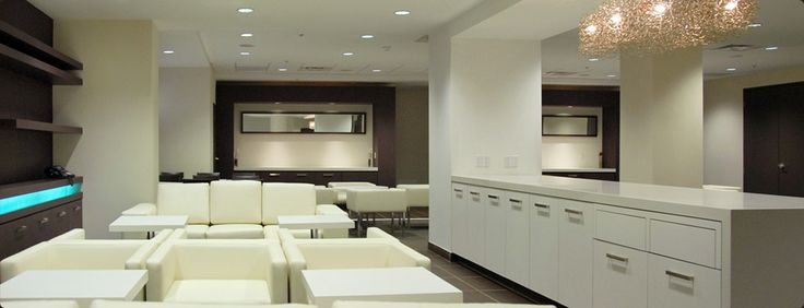 Downtown Toronto Vacation Packages: Bond Place Hotel Toronto Yonge Dundas Square TO Ontario ON Area Specials Offers Getaways Luxury Hotels A...