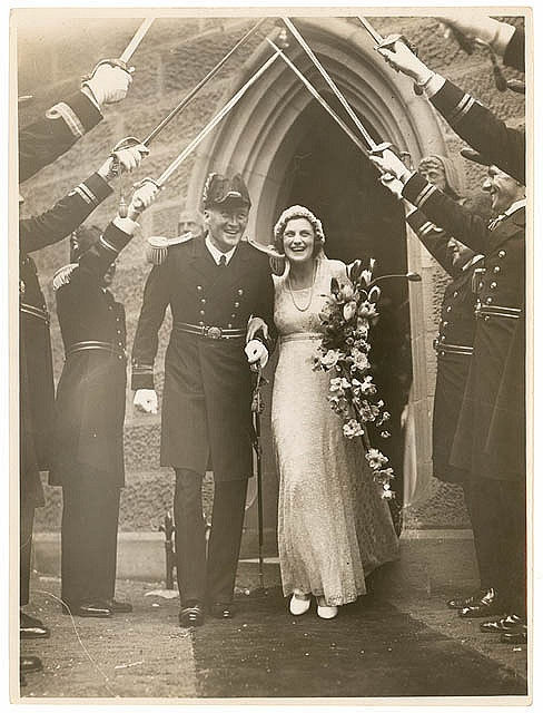 Wedding of Lieutenant-Commander R.P. Middleton of HMAS Sydney and Mary Harvey, St. Mark's, Darling Point, December 1936, by Sam Hood