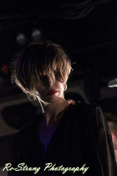 Hayley of The Jezabels playing up for me