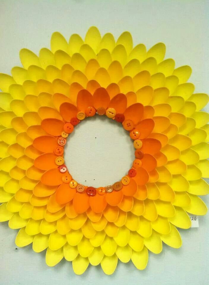 305 best plastic spoon crafts images on pinterest for Crafts with plastic spoons and forks