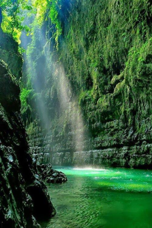 Green Canyon, West Java, Indonesia photo via solar