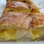 Imagem de Folhado de maçã e ameixa | Food From Portugal