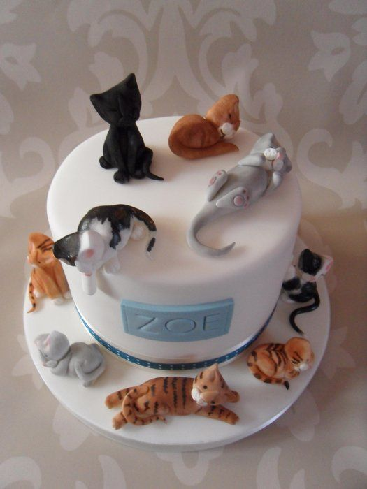 1089 best Cat Cakes images on Pinterest Animal cakes Cat cakes