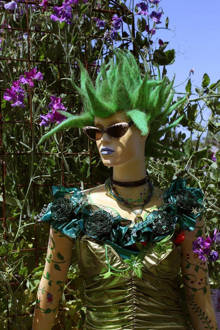 Fortuna  - the garden goddess at Annie's Annuals in Richmond