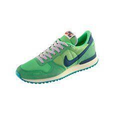 Nike Air Vortex Sneaker grün