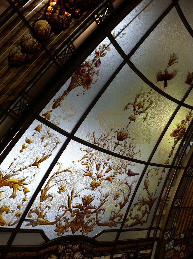 17 meilleures images propos de france vitraux sur pinterest bretagne vitrail et fenetre. Black Bedroom Furniture Sets. Home Design Ideas