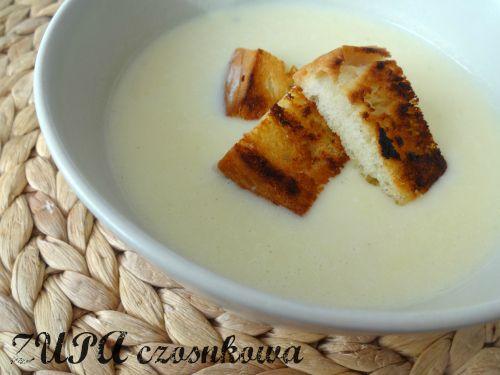 Zupa czosnkowa z grzankami wg Magdy Gessler