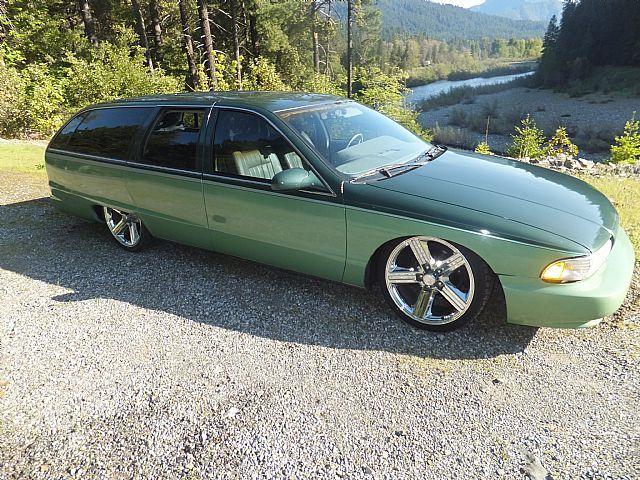 95 Caprice Wagon In 2 Tone Green Http Mrimpalasautoparts Com 91 96 Caprice Custom Wagons