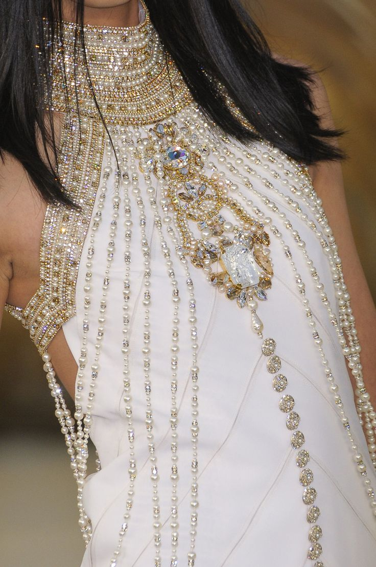 Chanel Couture Fall 2010