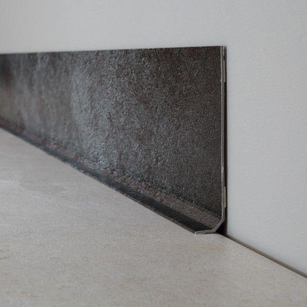Ma Plinthe Déco - aspect brut industriel  http://www.homelisty.com/ma-plinthe-deco/