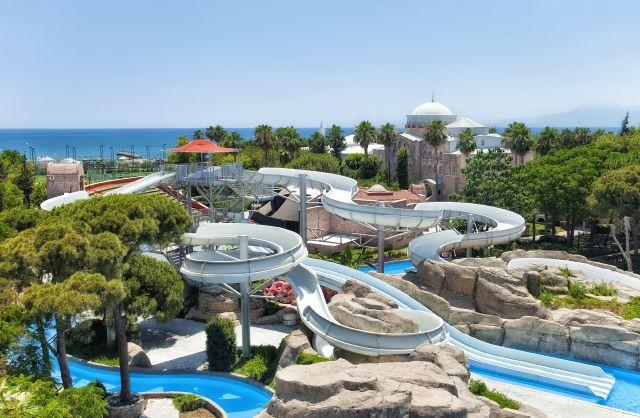 WOW Topkapı Palace Aquapark