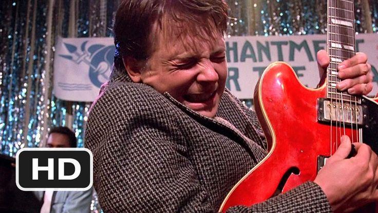 Ejemplo de música diegetica sacado de la película  Regreso al futuro , donde se puede apreciar que la música que se escucha es interpretada por el protagonista de la película y una banda .
