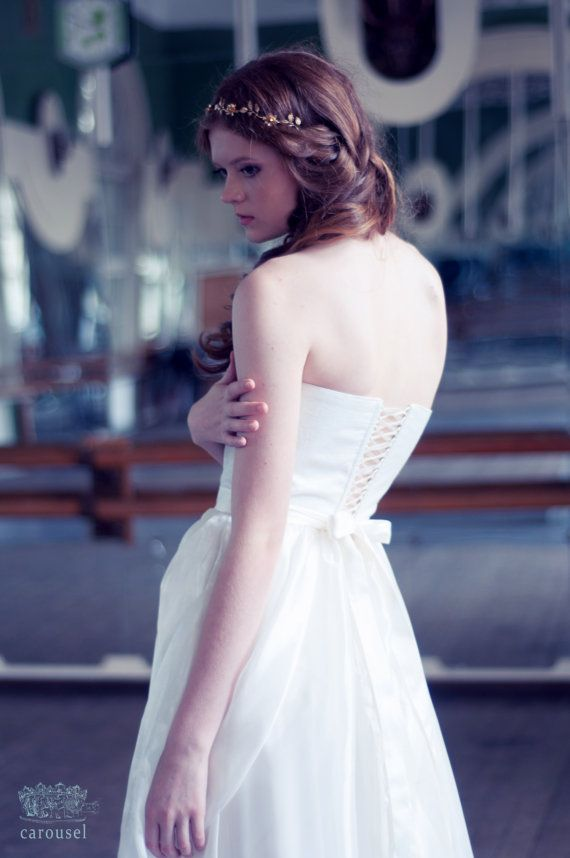 Etsy の Wedding dress // Élise// 2 pieces by CarouselFashion