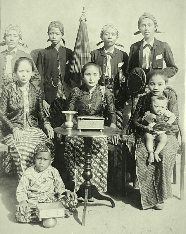 Dutch India (Indonesia), ca 1900.