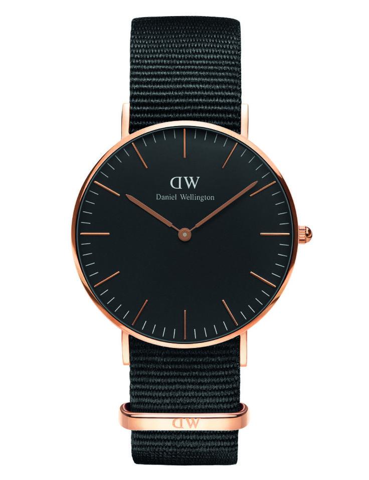 Ditur.dk forhandler et stort udvalg af ure til kvinder - eksempelvis flotte Daniel Wellington. Find Daniel Wellington Cornwall black rose 36 mm.