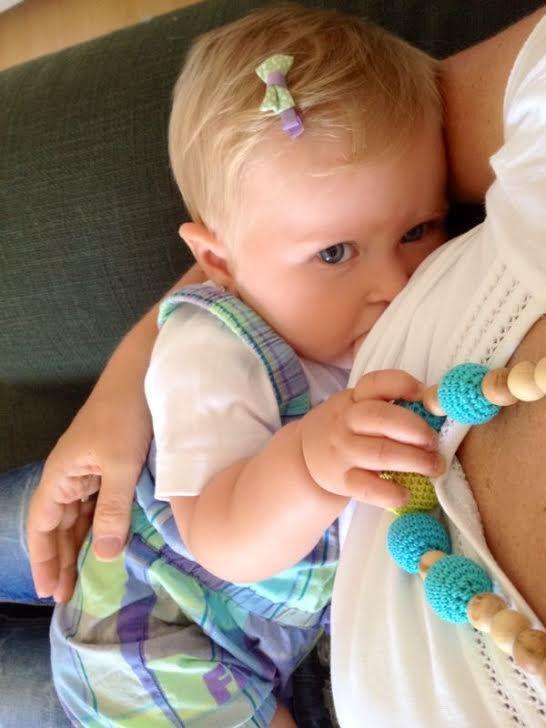 Nursing necklace Ecofriendly Breastfeeding Necklace by MagazinIL, $28.00 #breastfeeding #nursing #nursingnecklace #organic #babywearing