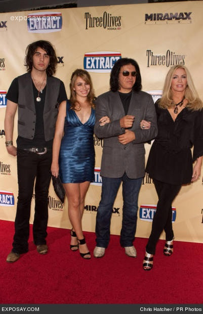 Gene Simmons (aka SEXY), Shannon Tweed, Nick Simmons and Sophie Simmons.... <3 Family Jewels