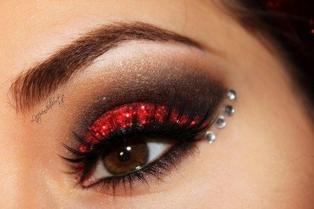 Moulin Rouge inspired-Check out my facebook page to see which glitter and eyelashes i used.