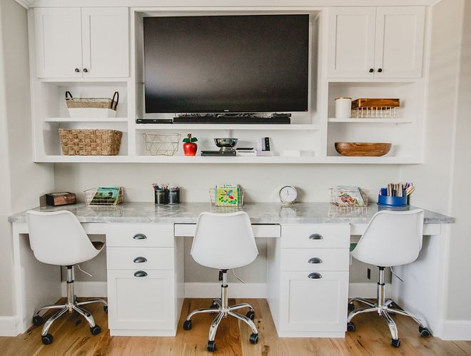 Built in desk for three. Kids Built in desk for three #Builtindesk Beautiful Homes of Instagram @house.becomes.home