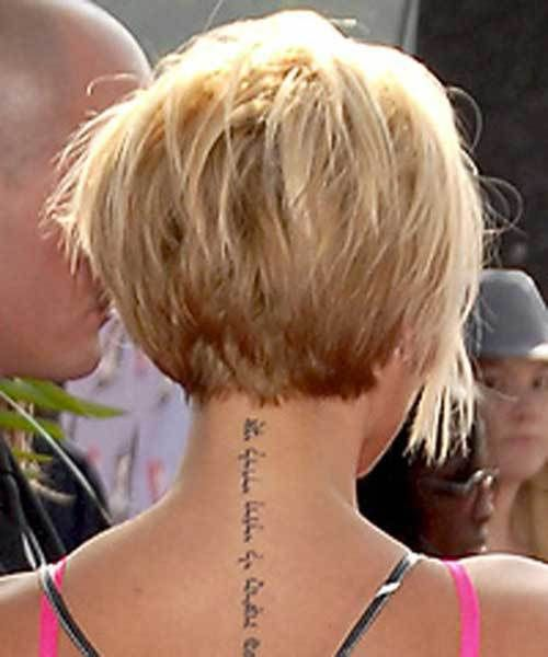 15 Best Victoria Beckham Blonde Bob Haircuts: #14. Victoria Beckham Short Blonde Graduated Bob Back View