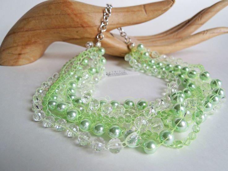 Collana con mezzi cristalli, perle di colore verde acqua e grigie, lavorata con filo verde, by Atelier Patrizia Cavalleri, 20,00€ su misshobby.com