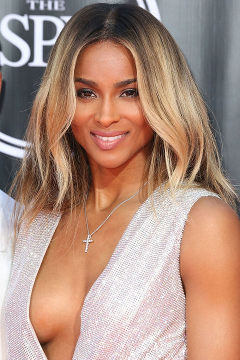 The 16 best fall hair colors to try now: Ciara's thick golden blonde highlights