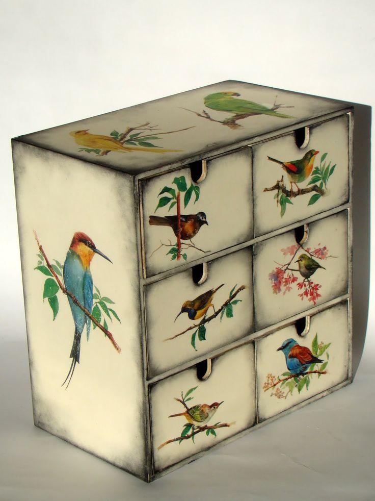 Деревянные заготовки шкатулок можно заказать на сайте http://creout.com/