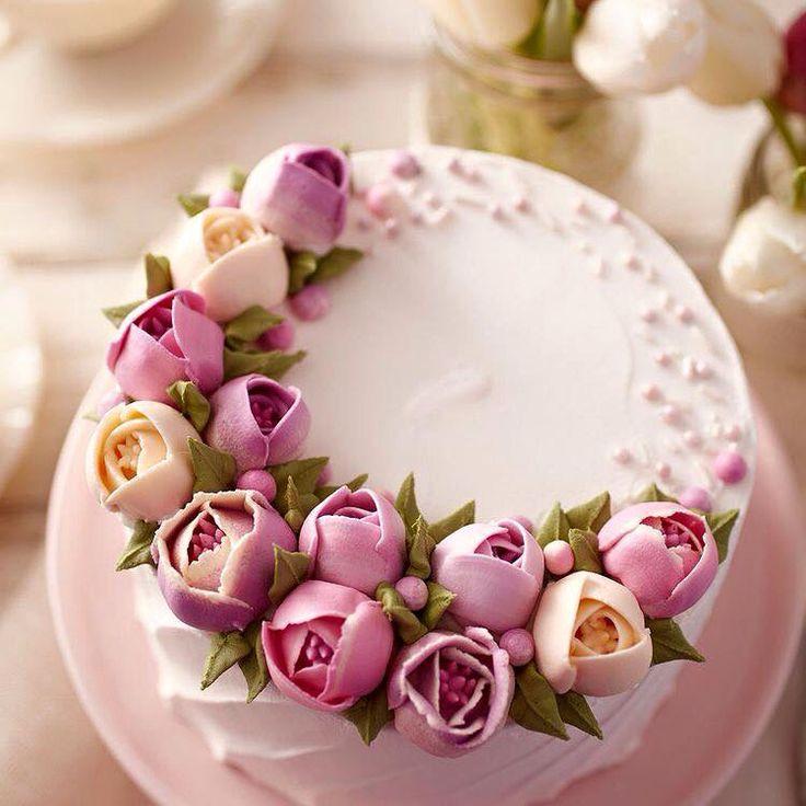 Cake Decorating Tips Roses : 17 migliori immagini su Russian piping tips su Pinterest ...