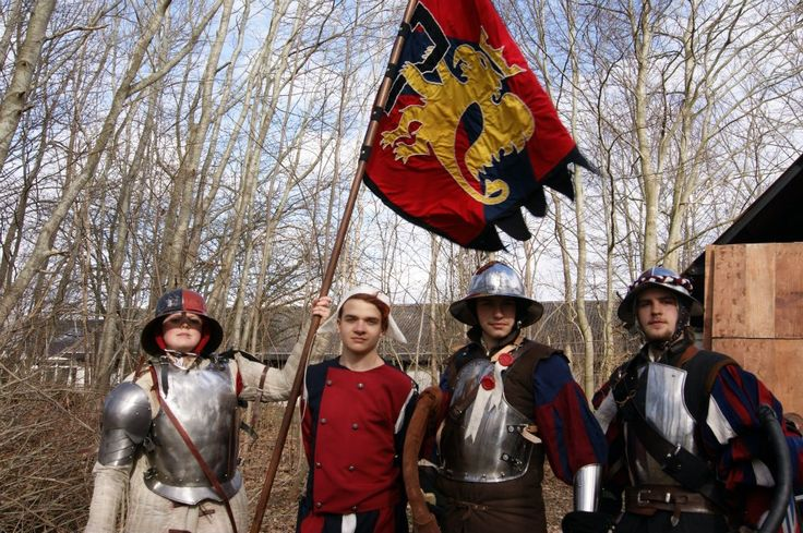 Larp VIII DK - Warhammer Altdorf (1)The bannerman (2) The medic (3) A private (4) A corporal(me) and we are all in family :)