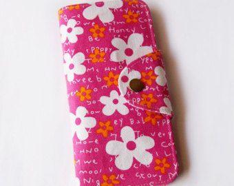 Flor blanco Floral en cartera pasaporte largo color de rosa caliente, titular de la tarjeta de embarque, pasaporte familiar carpeta