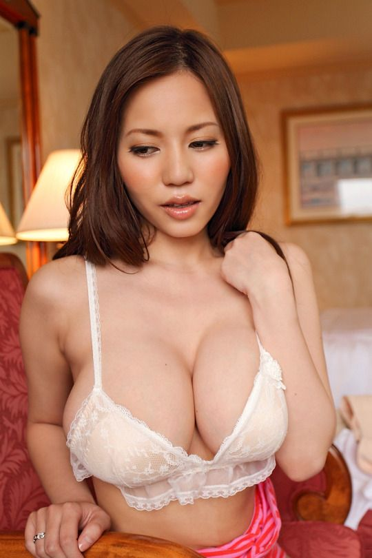 Pin On Type Of Asian Wome I Like Part 2-6122