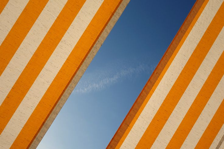 Stripe, orange, blue sky and sky HD photo by Dmitri Popov (@dmpop) on Unsplash